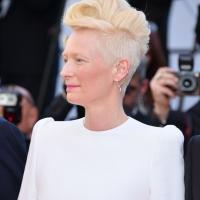 Короткая женская стрижка с почти бритыми висками
