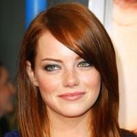 Эмма Стоун, одна из самых красивых актрис мира гордо носит рыжие волосы.
