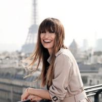 Самая французская прическа у знаменитой парижанки.