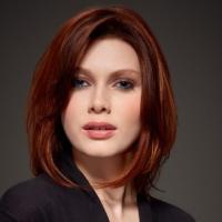 Каре для деловой женщины от французского парикмахерского бренда.